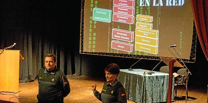 charla guardia civil_-2 (1)