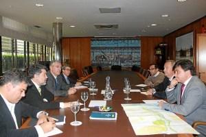 Reunion Presidente Puerto y Alcalde de Huelva