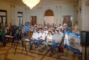 Pleno extraordinario sobre el Recreativo de Huelva en el Ayuntamiento.