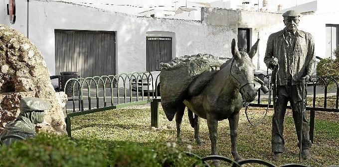 Monumento a los caleros Ayamonte (1)