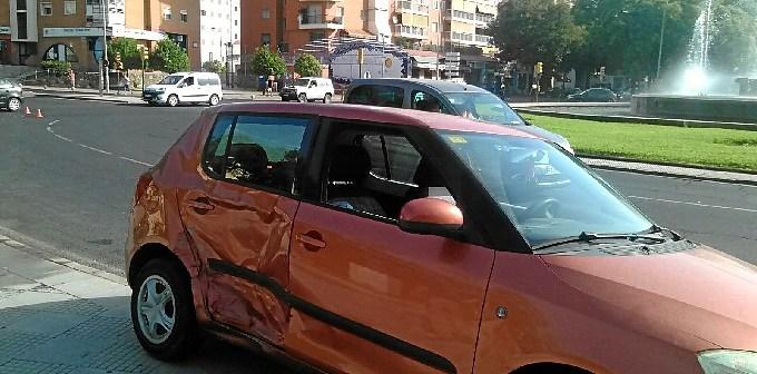accidente rontoda los bomberos en Huelva (2)
