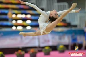 Ángela Martín, joven gimnasta onubense.