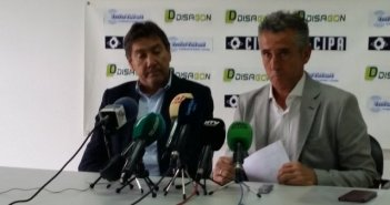 Alejandro Ceballos, en su despedida como técnico del Recreativo de Huelva.