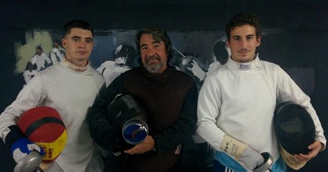 Mario Artero y Román López, del Club Esgrima Huelva.