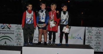 Jóvenes piragüistas del Real Club Marítimo de Huelva.