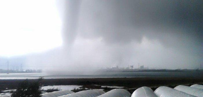 Tornado en Palos de la Frontera.