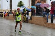 Manuel Ferraz, ganador de la XV Media Maratón de La Palma del Condado.