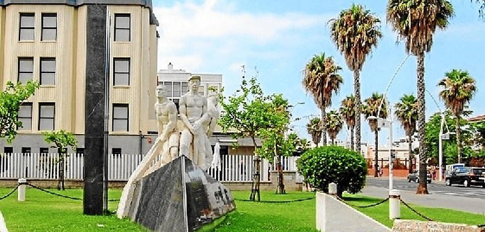 Monumento-al-Marinero Isla