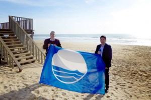 Islantilla renueva su Bandera Azul