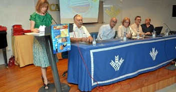 170611. Los miembros de los jurados han valorado los trabajos  del concurso convocado por las Fundaciones Caja Rural del Sur y Flores Jimeno