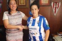 Renovación de Sandra Bernal, jugadora del Cajasol Sporting.