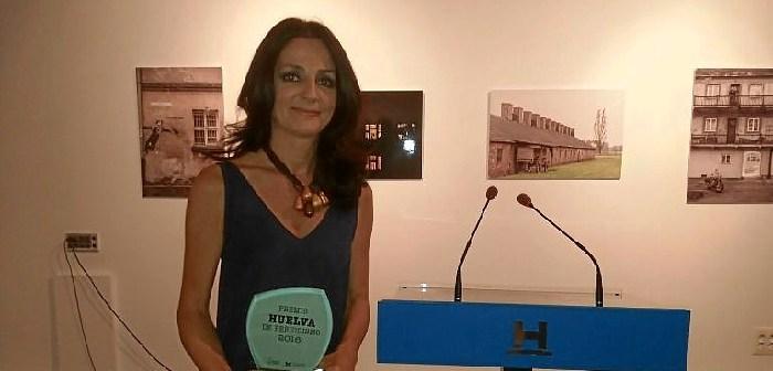 Premio de Periodismo a Ana Vives (2)