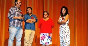 Grao junto a Ortega, emocionada, y miembros de ASPEVA