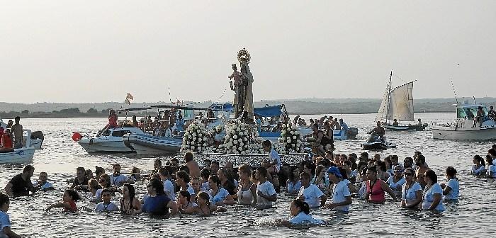procesion carmen canela (3 de 5)