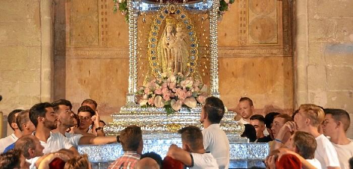Traslado Virgen de los Milagros en Palos de la Frontera (2)