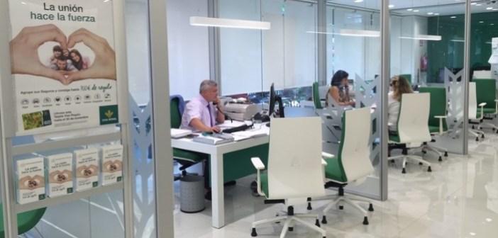 En la imagen una de las nuevas oficinas de Caja Rural del Sur
