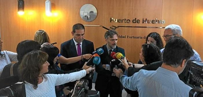 Fiscal con el presidente del Puerto de Huelva (1)