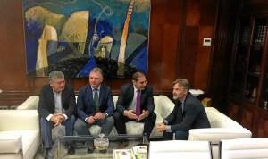 Fiscal con el presidente del Puerto de Huelva (2)