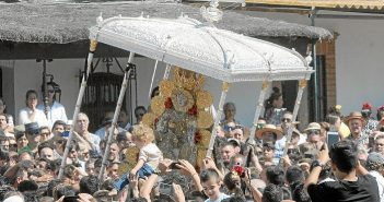 Un año más El Rocío ha vuelto a concitar la fe de miles de romeros.