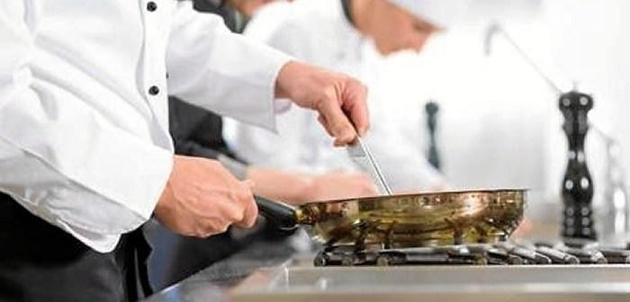 ayudante-cocina-camarero.jpg