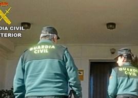 Auxilian a un anciano de 74 años atrapado en su casa en Lepe