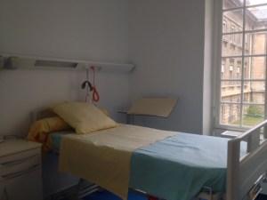 Une chambre individuelle en hospitalisation de semaine