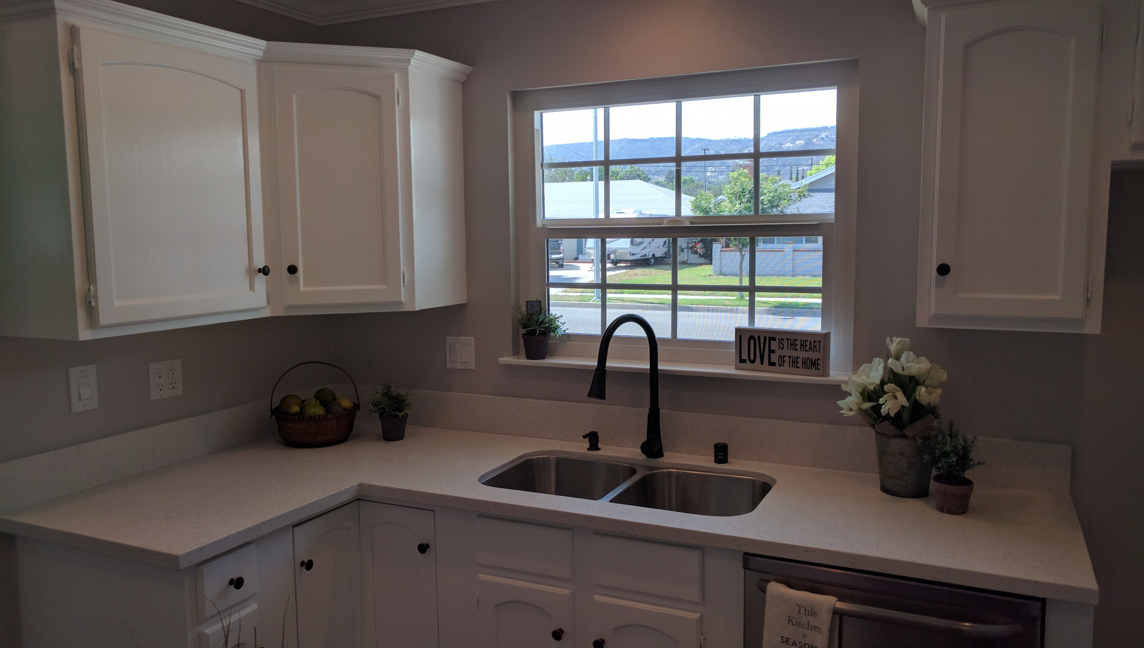 3348 Rivermore - Kitchen