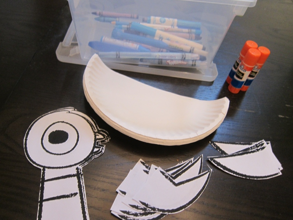 Mo Willems Pigeon Paper Plate Theme Craft by Hugs are Fun