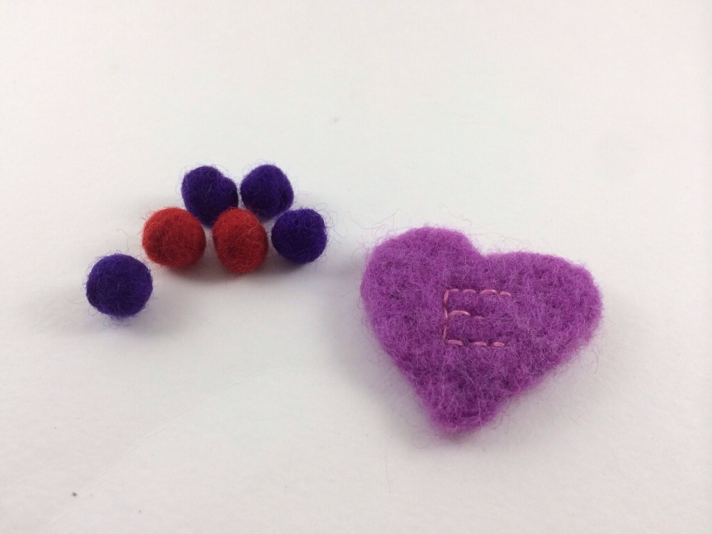 Felt Valentine Necklace by Hugs are Fun