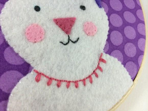 Free Felt Bunny Embroidery Hoop Pattern by Hugs are Fun