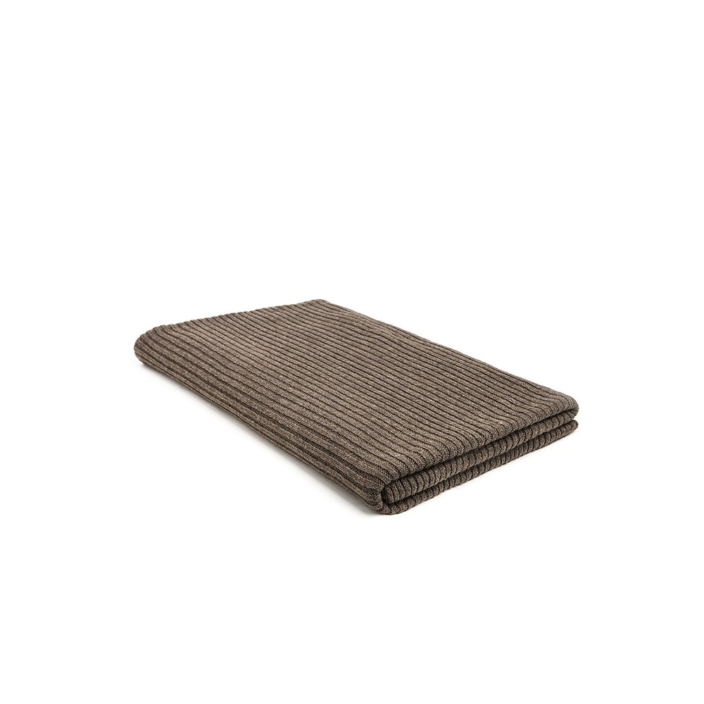 Plaid Met Voeten Mrs Me Plaid Rib Knitted Mohair Deep Taupe
