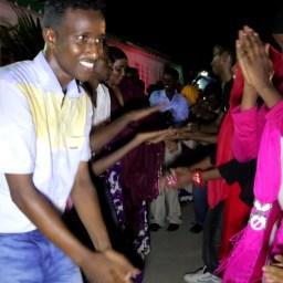 LFM 1.53- Somali dance at the festival finale event. Screenshot by Daniel J Gerstle.
