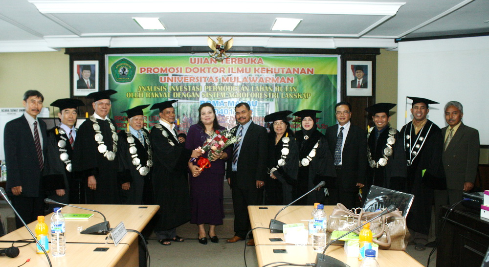 Jurusan Pns 2013 Jurusan Roma Raih Predikat Cumlaude Program Doktor Unmul Rusliansyah05