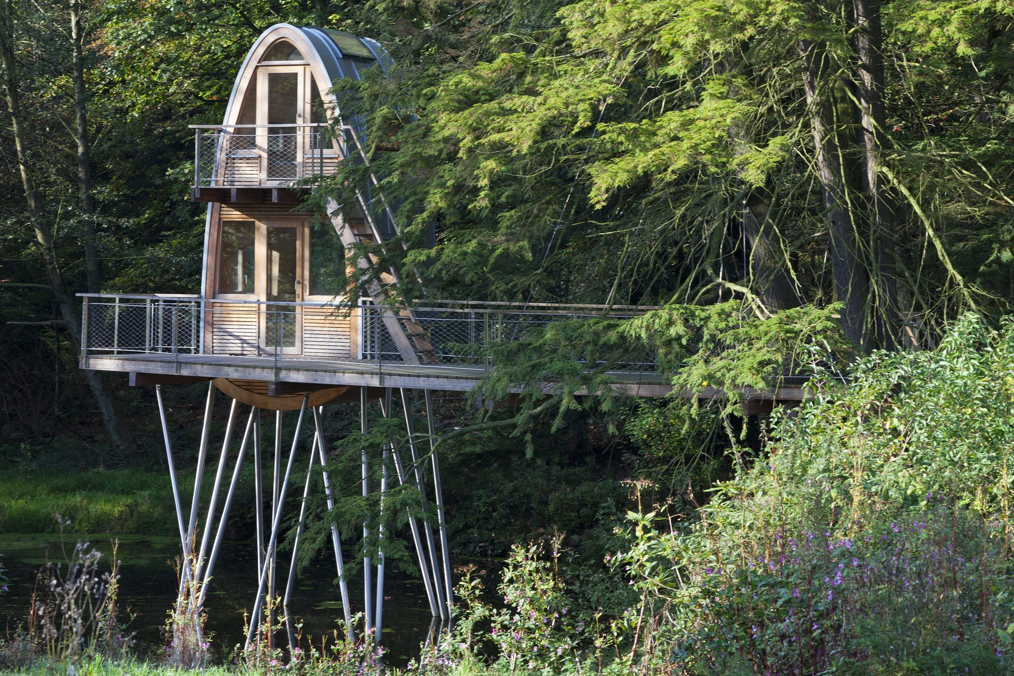 Urban Treehouse Berlin Soak Up Views Of The Pacific Ocean From Playa Viva 39s Treehouse