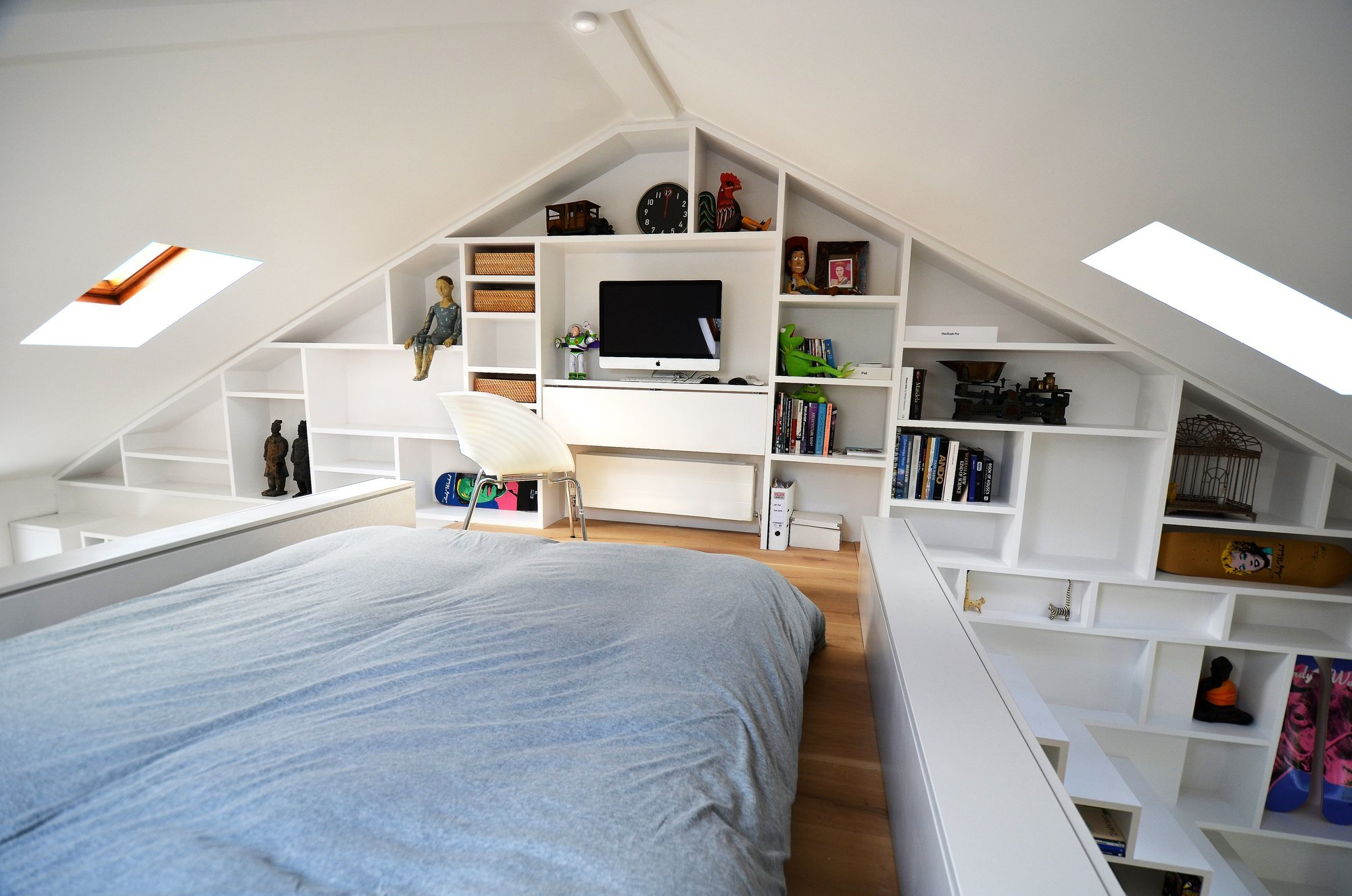 Small Space House Design A Small Loft In Camden By Craft Design