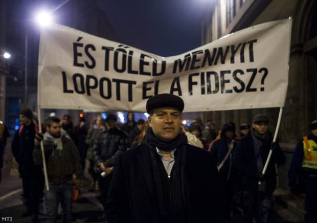 And how much did Fidesz steal from you? Péter Juhász leading the walk in District V