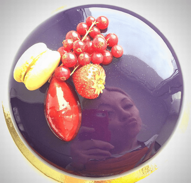 Russian Baker Creates Flawless Marble Mirror Desserts Which Are Too Good To Eat
