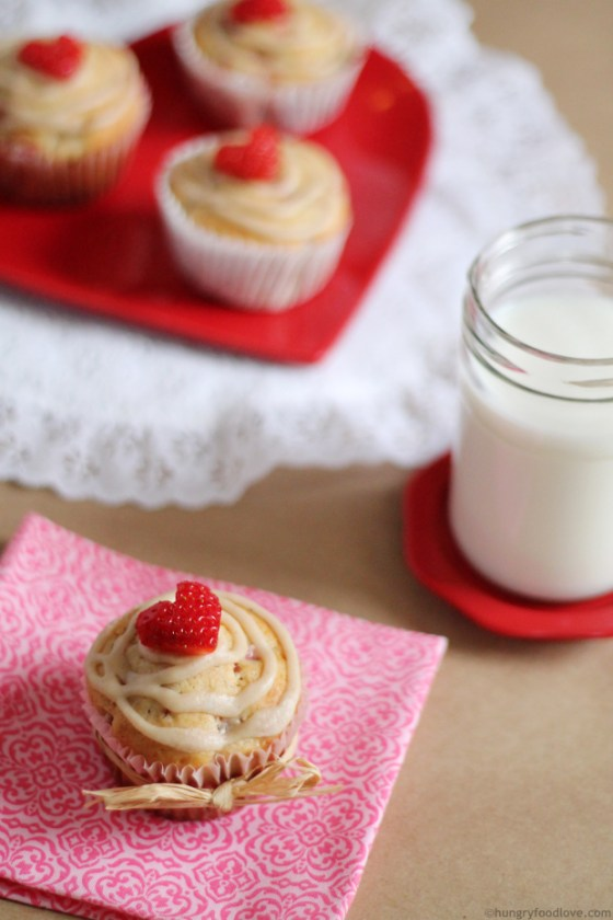 Brown-Butter-Strawberry-Muffins-10