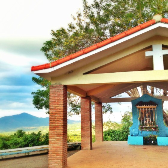 virgin-altar-mountains-dominican-republic-virgen-de-la-altagracia
