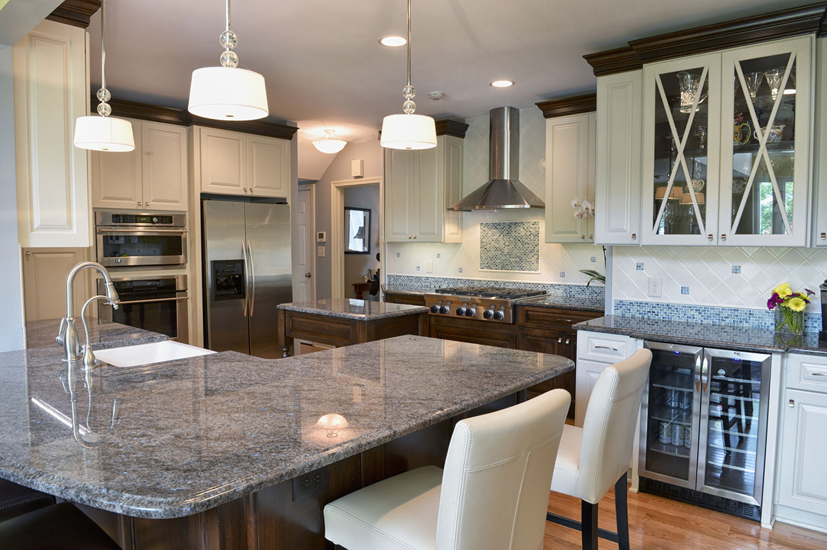 Traditional Kitchens With White Cabinets Kitchen Remodeling Hurst Remodel In Cleveland Oh