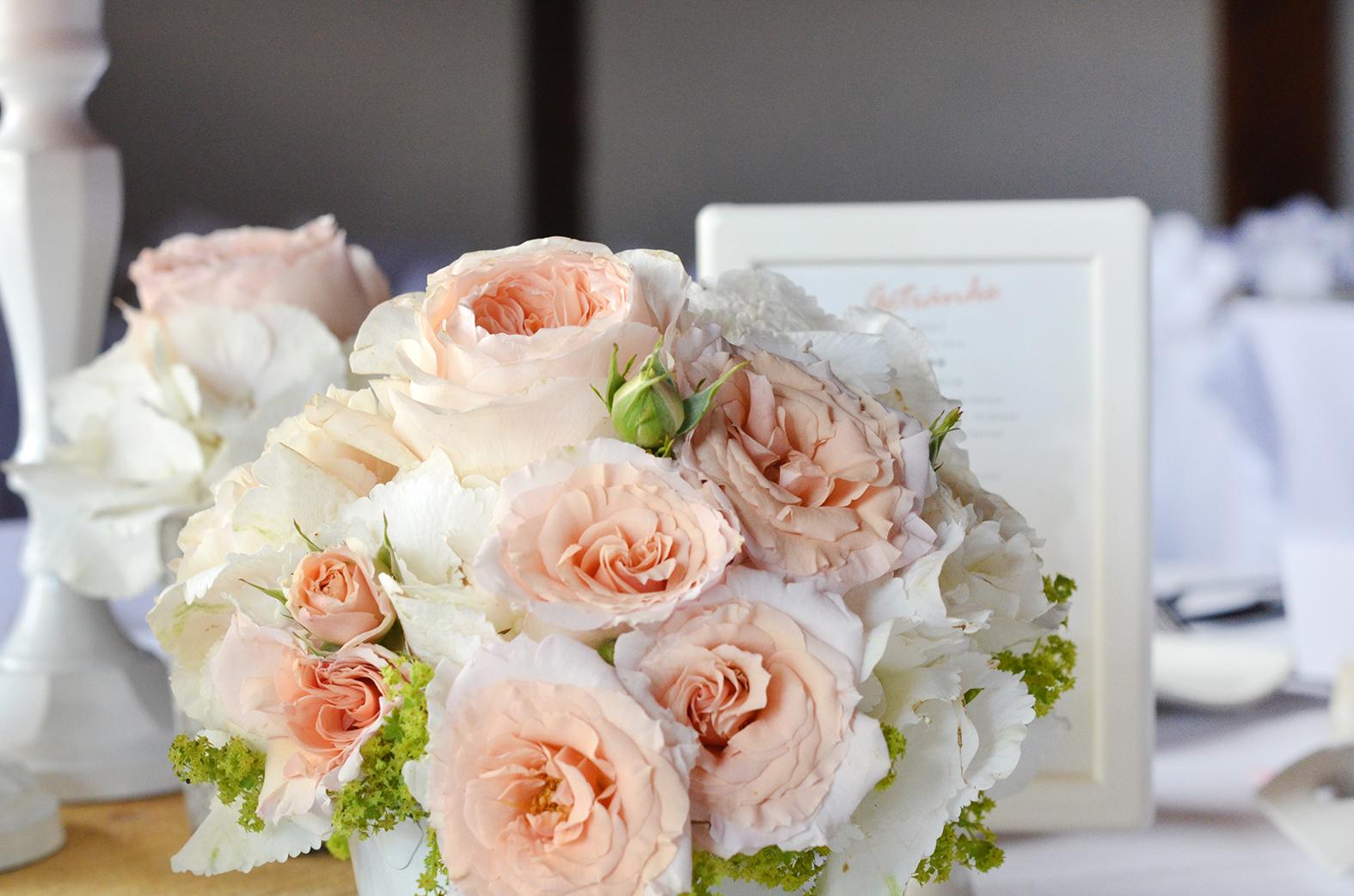 Tischdeko Apricot Hochzeit Hochzeitsdekoration In Lachs Apricot Farbe
