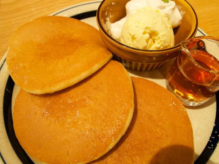 hands_pancake