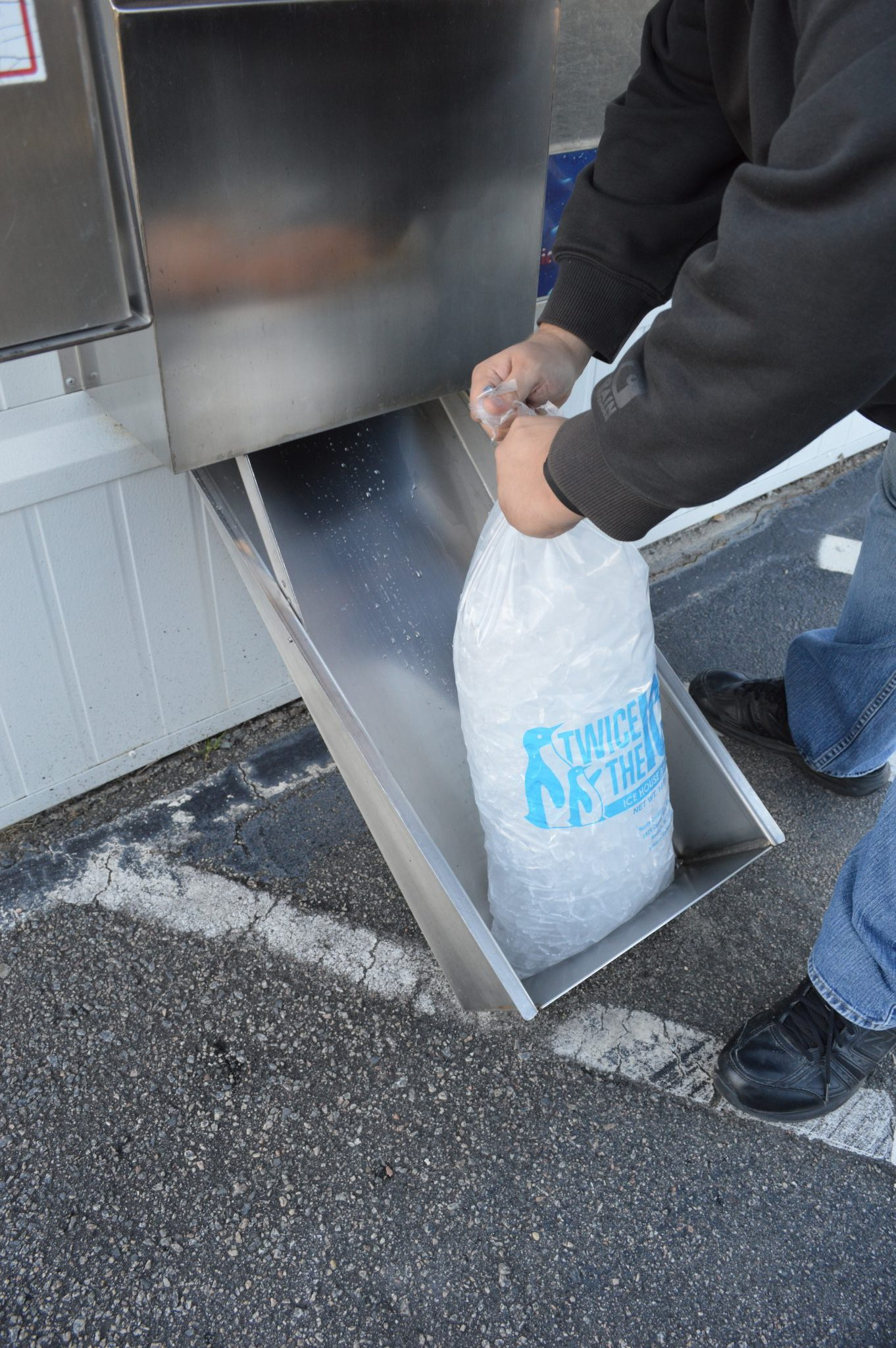 Bag Of Ice Price Fresh Filtered Water And Ice Highway 401 Self Storage