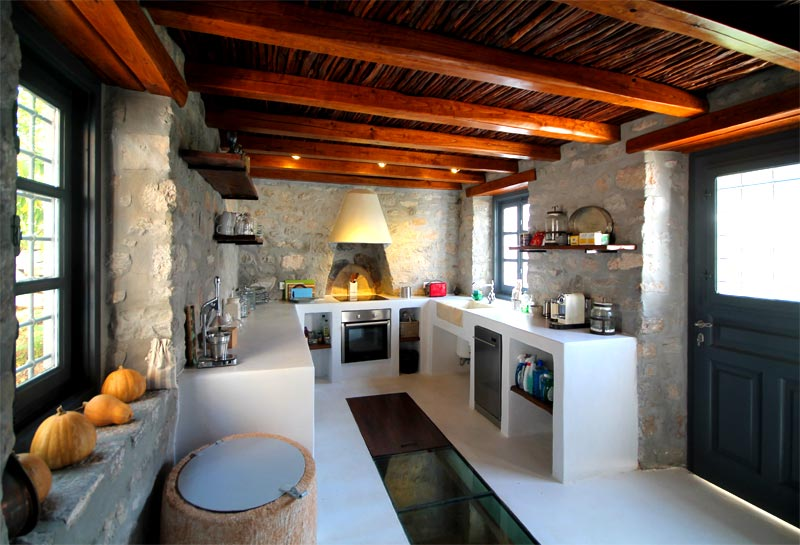 Long Kitchen Island Holiday Home To Rent In Kala Pigadia, Hydra Island, Greece