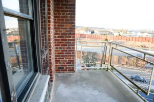 staten island apartment with balcony