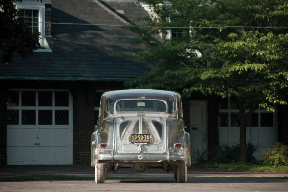 Image of 1939 Pontiac Deluxe Six Ghost Car