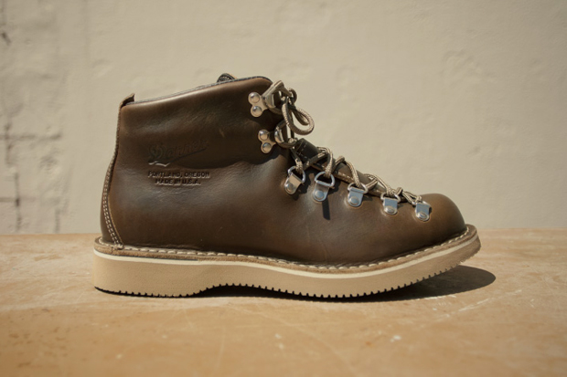 Image of Danner for Tanner Goods Mountain Light Lownsdale