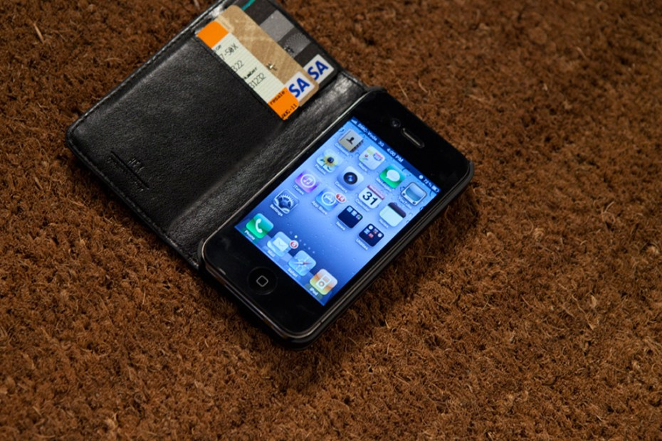 Image of HEX Code Wallet for iPhone 4