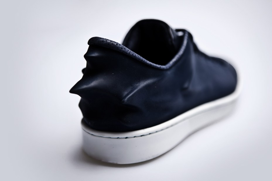 Image of Hussein Chalayan x PUMA Urban Mobility 2011 Fall/Winter Urban Swift