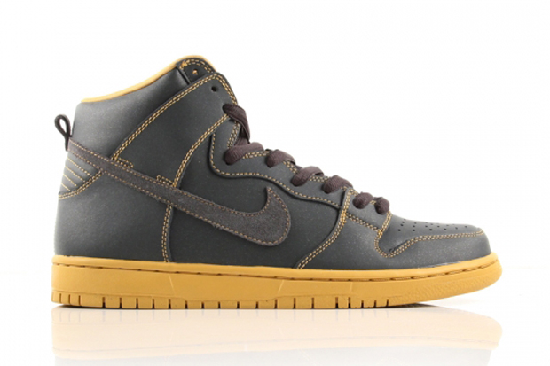 "Image of Nike SB Dunk High Pro ""Anthracite/Gold"""